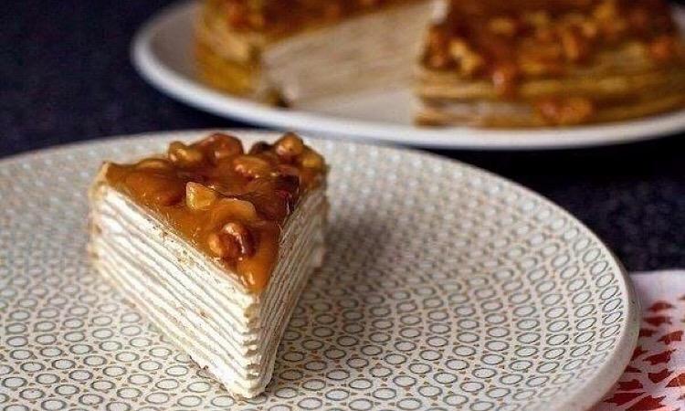 Вкуснейший блинный торт из бананов с йогуртом и глазурью