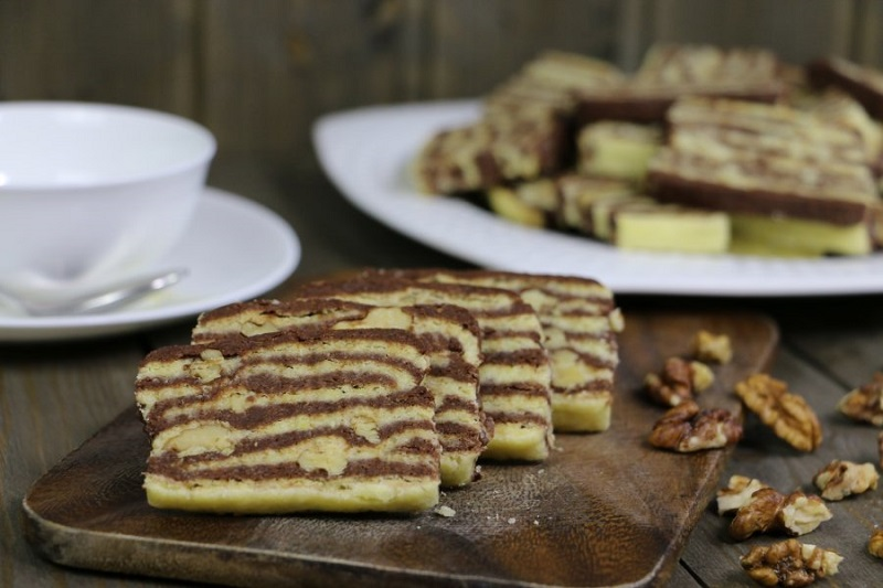 Печенье «Зебра» с орехами: вкусное домашнее лакомство
