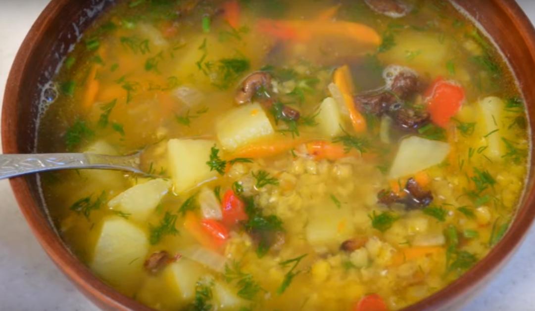 Восхитительный суп с грибами и чечевицей