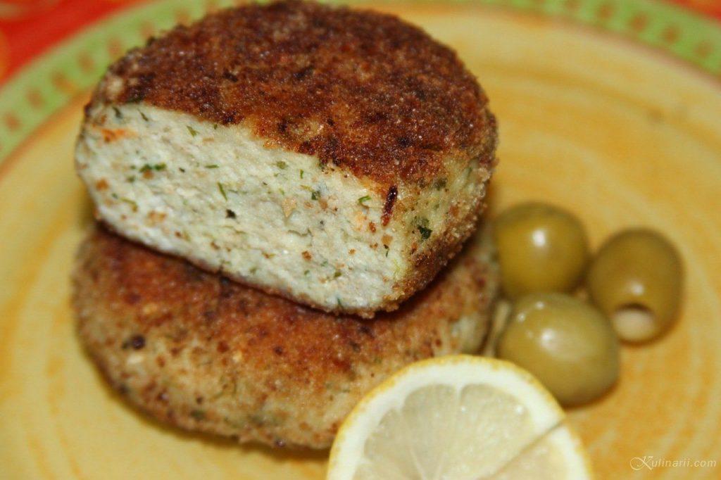 Рыбные котлетки с творожным сыром: вкусно и просто