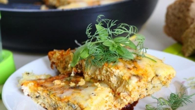 Рыба в омлете: диетический ужин из духовки