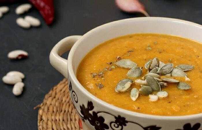 Отменный тыквенный суп-пюре с фасолью