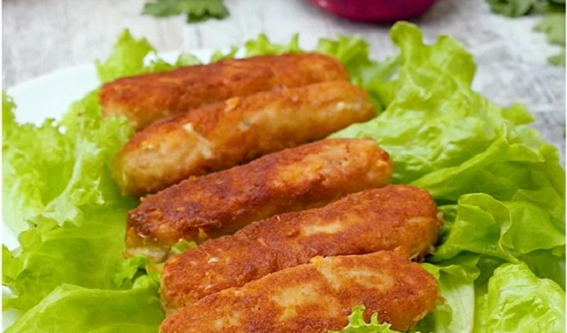 Шикарные куриные колбаски с сыром: без лишней мороки