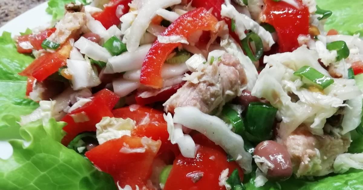 Диетический салатик из тунца и пекинской капусты