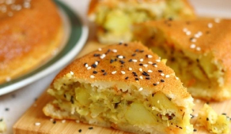 Заливной пирог с картошкой и капустой: очень сытный и весьма полезный