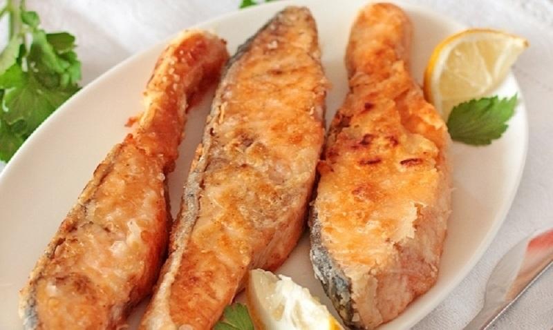 Жареная красная рыба: простейший вариант – в пергаменте