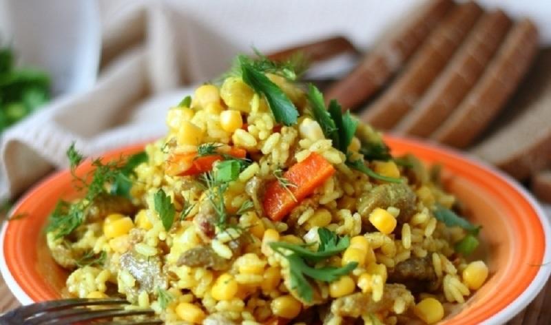 Плов с кукурузой и свининой: очень сочно и вкусно