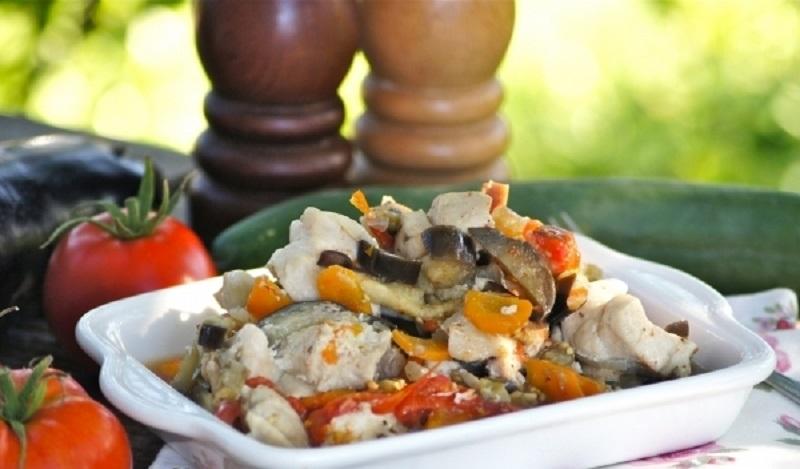 Баклажаны с курицей в мультиварке: полноценное блюдо для всей семьи