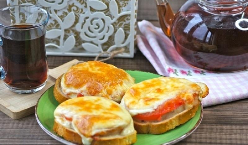 Горячие бутерброды с рыбным филе: сытная закуска на скорую руку