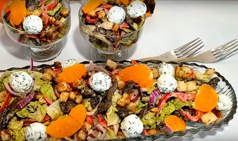 Потрясающий салат «Новогодний»: обойдет все закуски на праздничном столе
