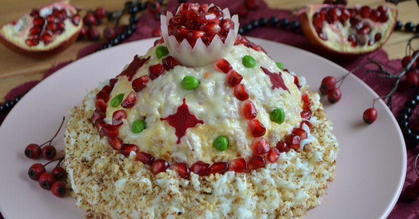 Праздничный салат «Шапка Мономаха»: еще один вариант любимого блюда