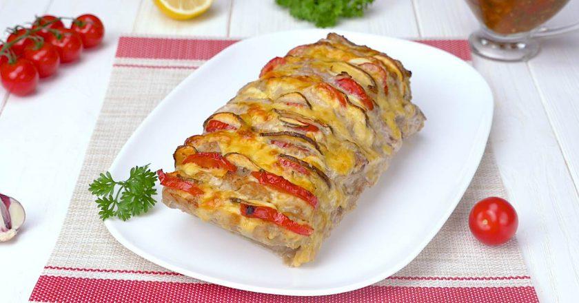 Нежнейшая мясная «Гармошка» с душистым соусом: супер вкусное блюдо!