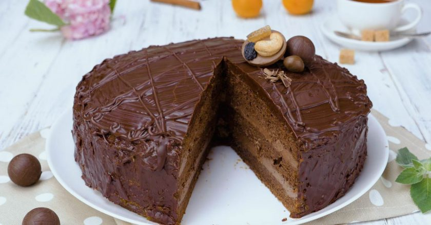 Знаменитый торт «Прага» в домашних условиях: нет ничего сложного
