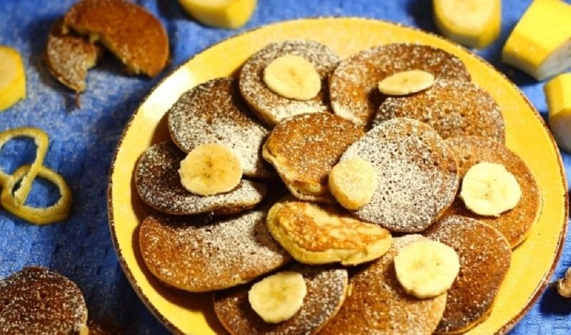 Оладьи на кукурузной муке с бананом: можно смело себя побаловать!