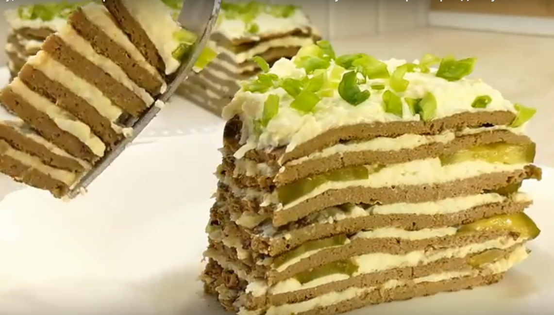 Закусочный печеночный торт с секретным ингредиентом