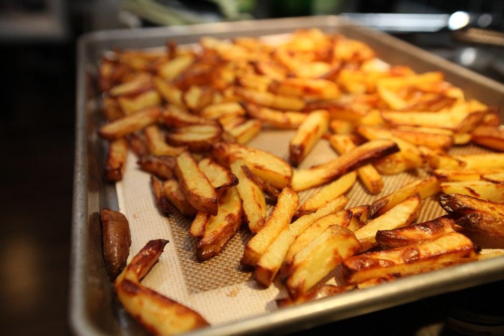 Картопля фрі в духовці - краще, ніж в МакДональдсі