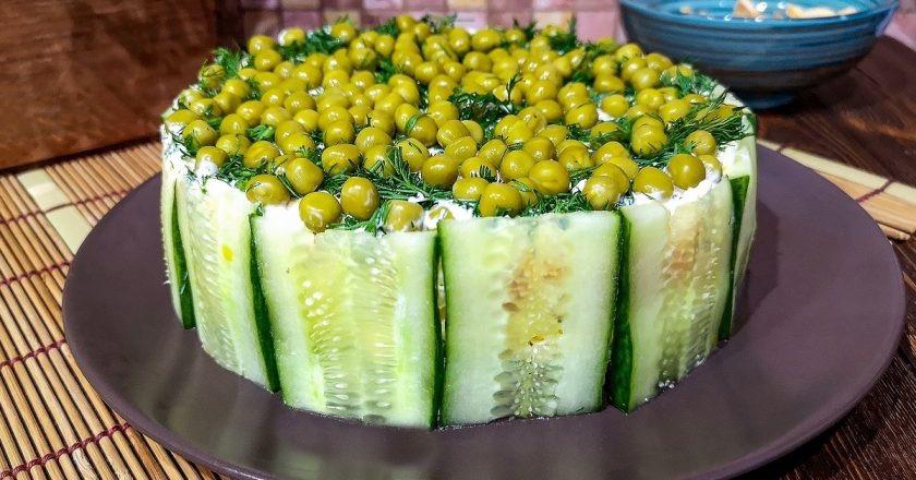 Очень аппетитный салатик «Гороховое поле»