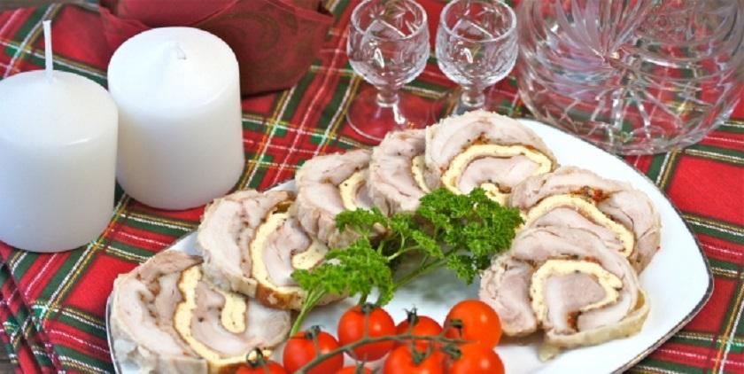 Куриный рулет с омлетом: для праздничных закусок