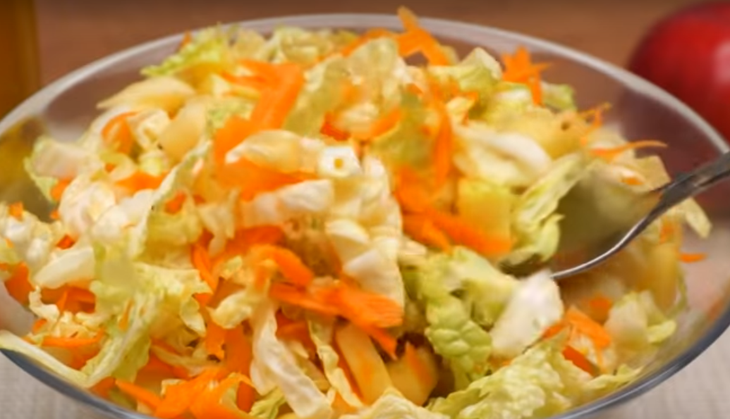 Простой салат на каждый день из капусты