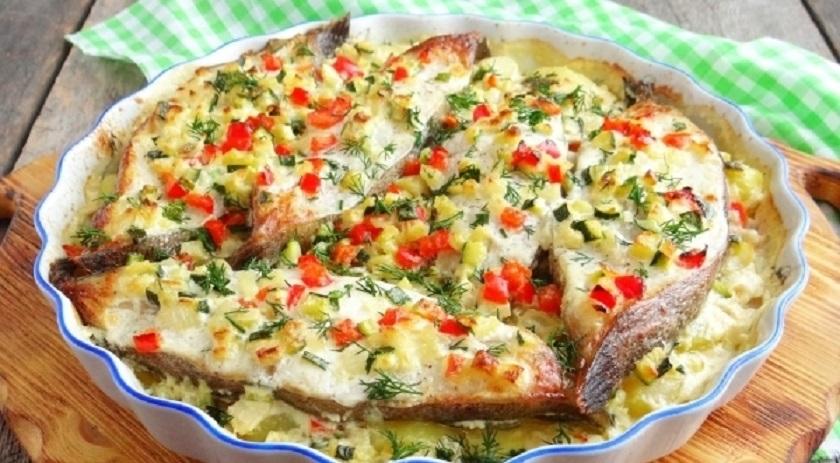 Палтус с картошкой: яркое и сытное блюдо из духовки на ужин