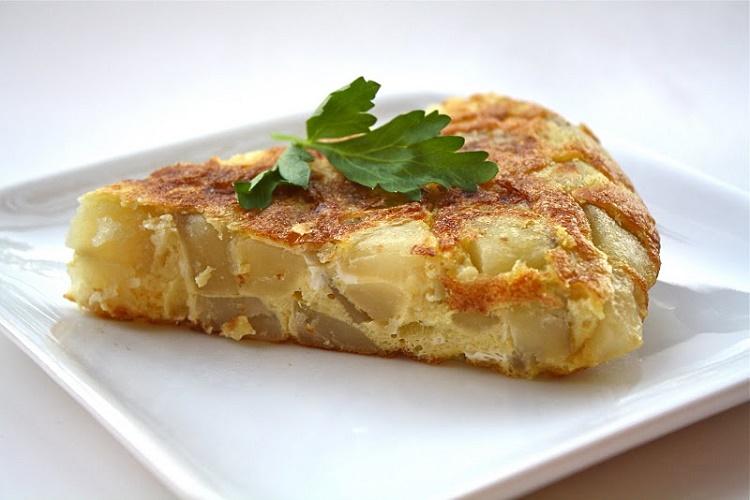 Нереально вкусный омлет с картофелем