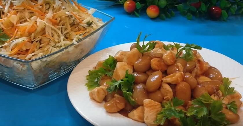 Ужин из двух ингредиентов плюс салат: готовим за 15 минут