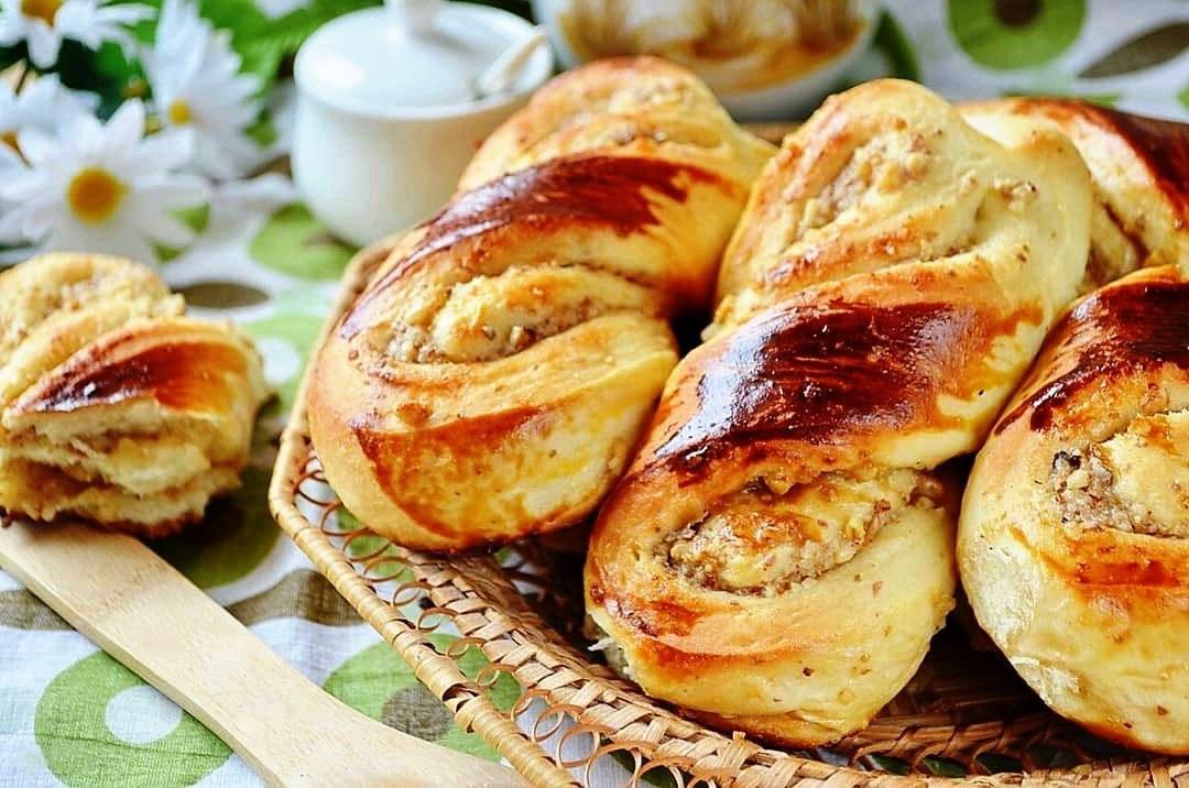Восхитительные булочки с ореховой начинкой