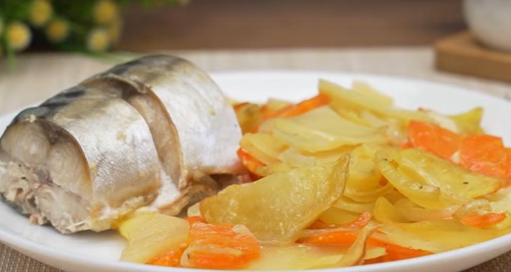 Скумбрия с картофелем в духовке: просто и вкусно
