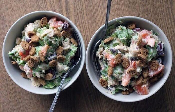 Вкусный салатик с куриной грудкой