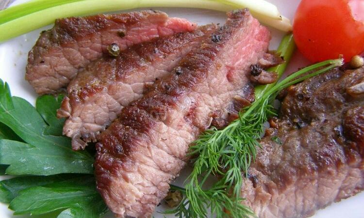 Мега аппетитный стейк из говядины