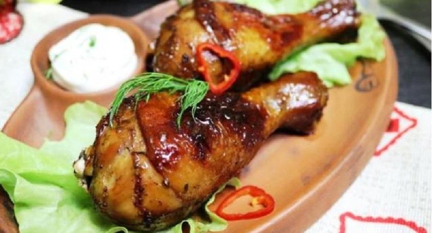 Куриные ножки, маринованные в чае: смотрится, как копченое мясо