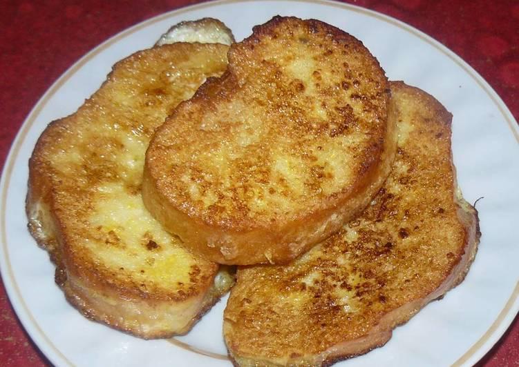 Классические гренки к завтраку
