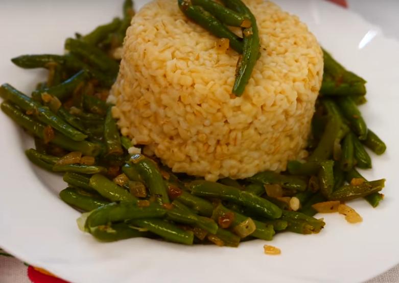 Постное блюдо: булгур с фасолью
