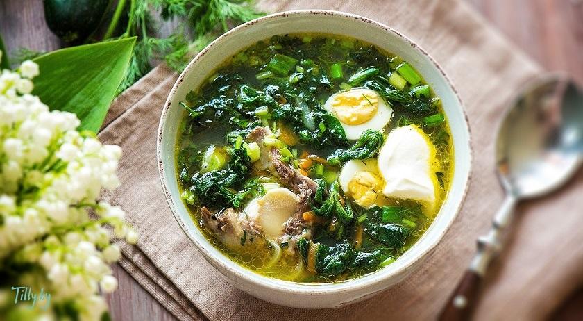 Суп из крапивы с яйцом и картофелем: открываем сезон