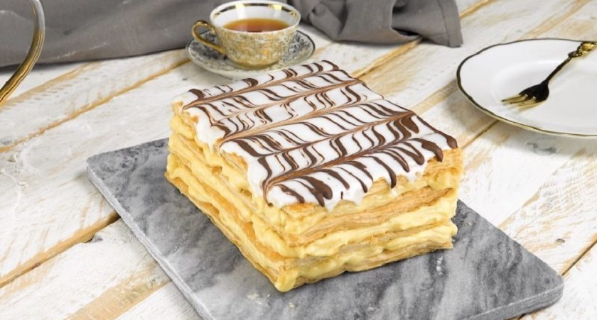Торт «Наполеон» с заварным кремом: простой рецепт нежного десерта