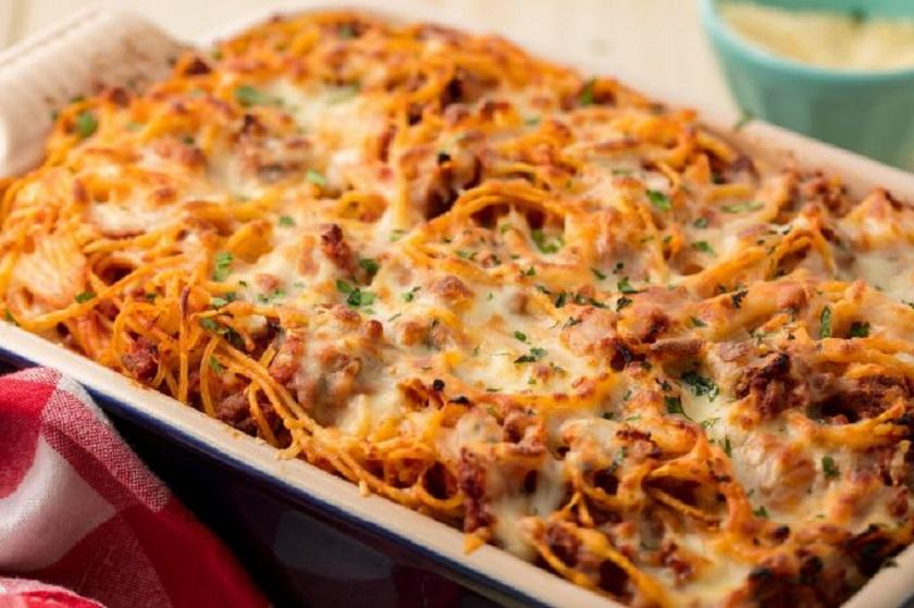 Спагетти в духовке: необычное, но очень вкусное блюдо