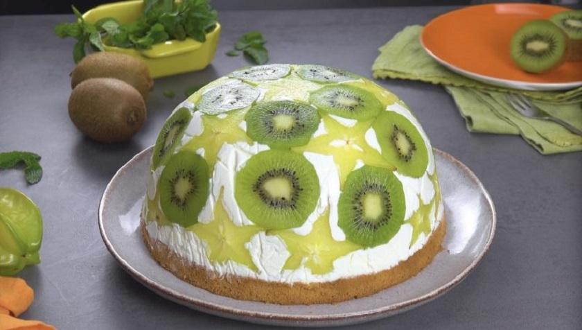 Нежный йогуртовый торт с фруктами: вкусный десерт к чаю