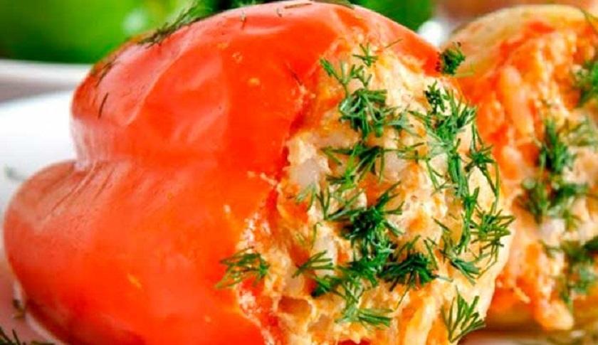 Фаршированный перец с овощами и сыром: интересное диетическое блюдо