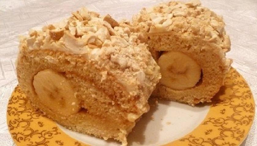 Фантастический банановый рулет: десерт к чаю своими руками