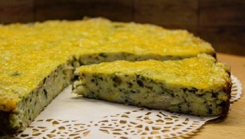 Пирог с курицей, луком и сыром: отличная закуска на скорую руку