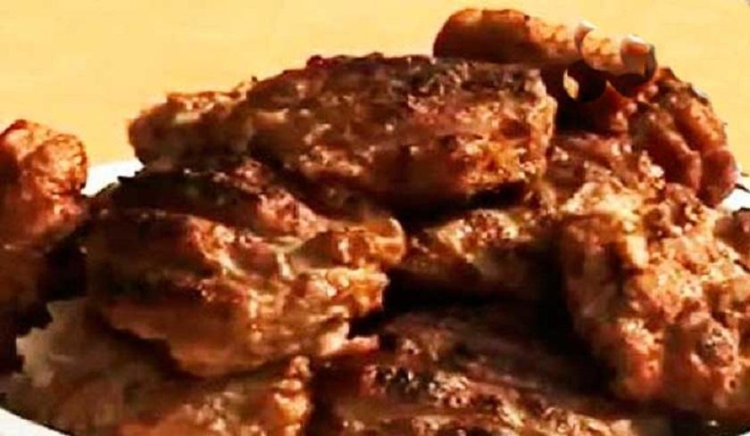 Свиное филе в перечном соусе: на сковороде-гриль будет изумительно