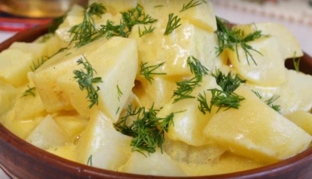 Аппетитное блюдо из молодого картофеля