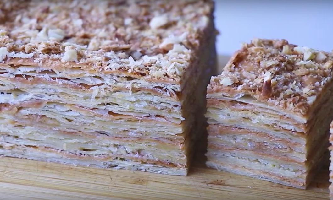 Слоёный торт с двумя видами крема