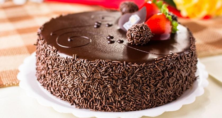 Домашний шоколадный торт: три великолепных рецепта