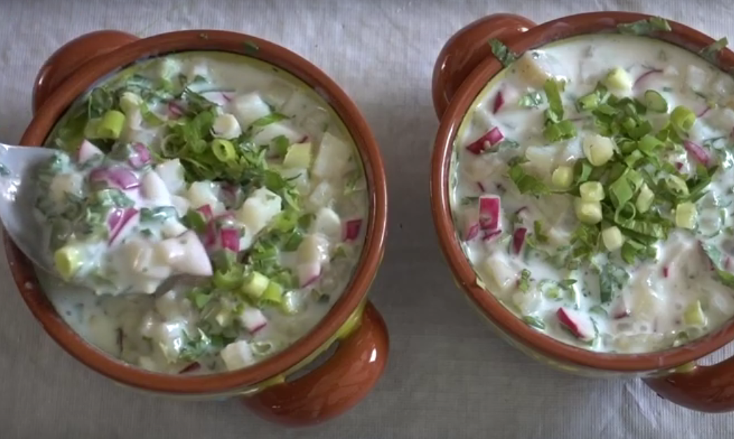 Простой холодный летний суп