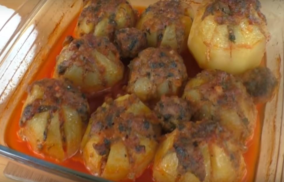 Картофель с мясной начинкой: готовим в духовке