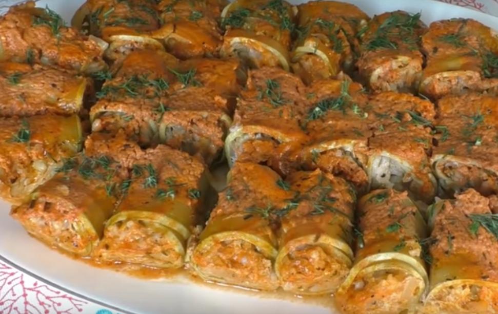 Рулетики из кабачков с мясом