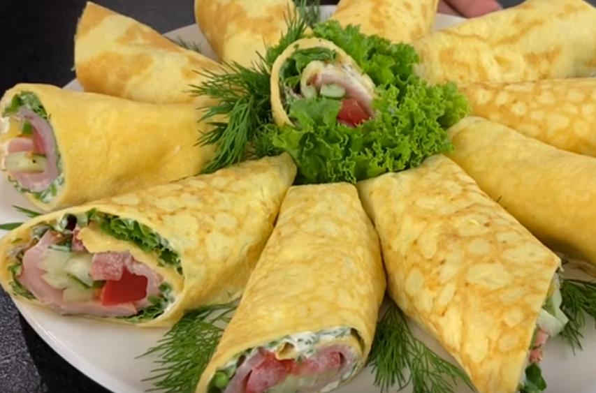 Яичные блинчики с начинкой: вкусная закуска на праздник