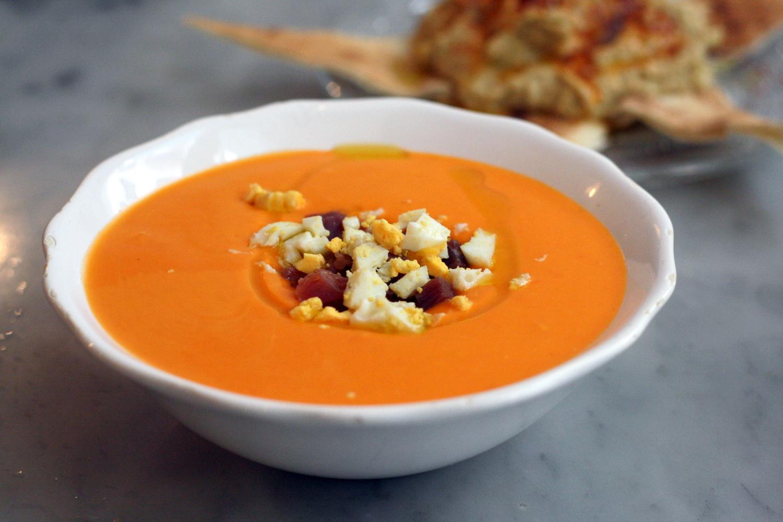 """Холодный испанский суп """"Сальморехо"""""""