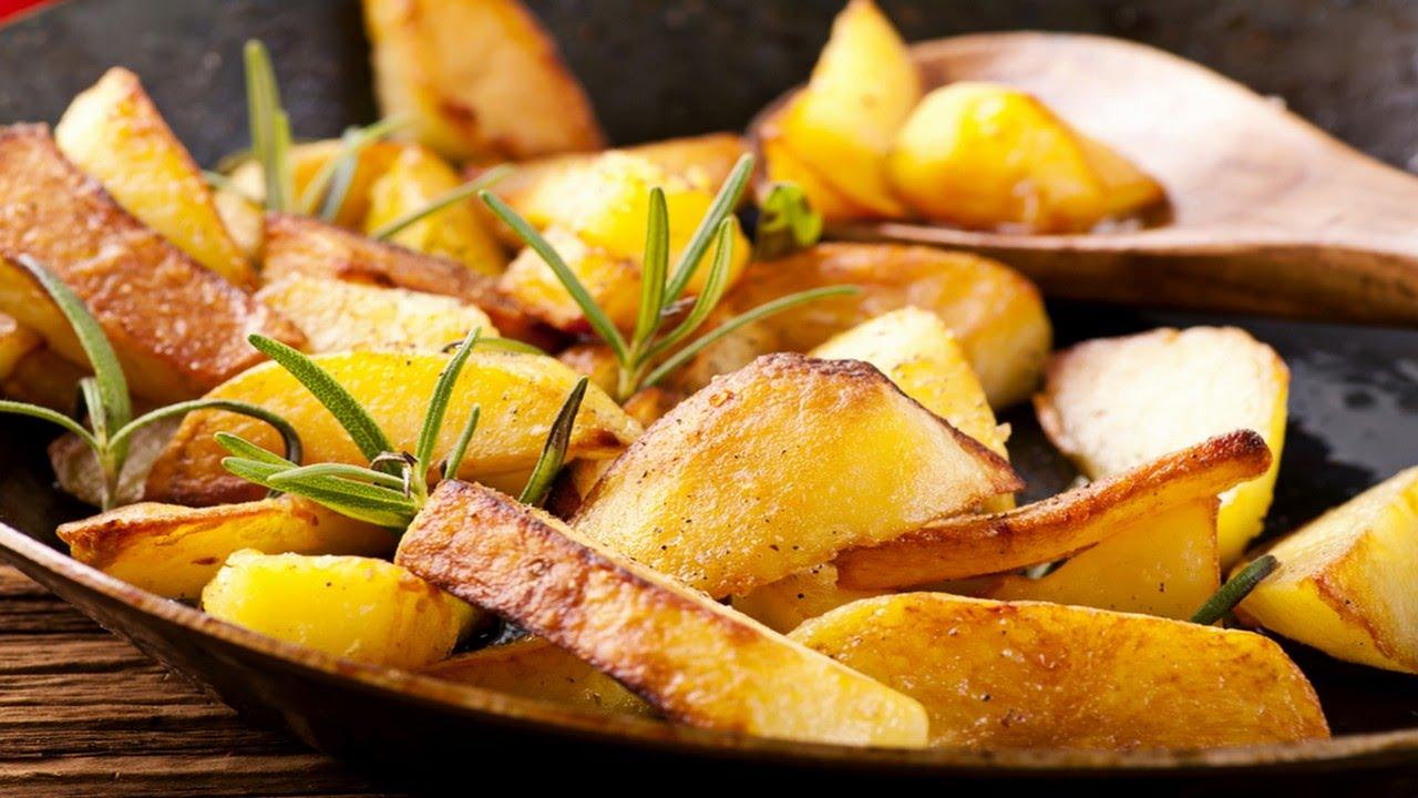 Учимся правильно жарить картофель